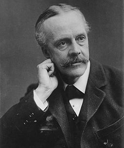 255px-Arthur_Balfour,_photo_portrait_facing_left