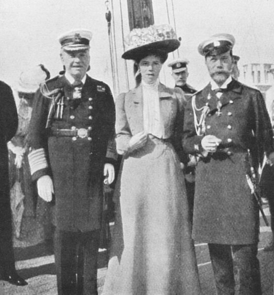 556px-Admiral_John_Fisher_Olga_Alexandrovna_czar_Nicholas_II_1909 (1)