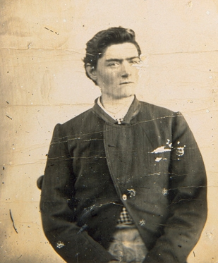 Ned_Kelly_aged_15