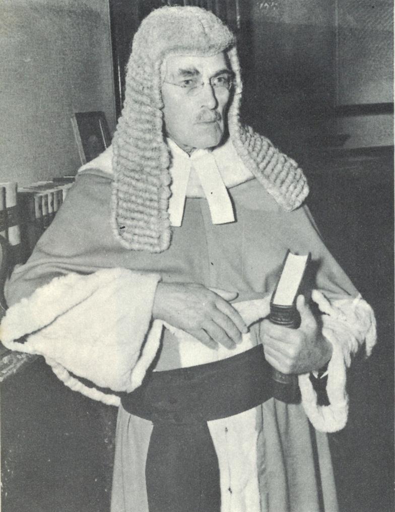 Sir_Charles_Lowe