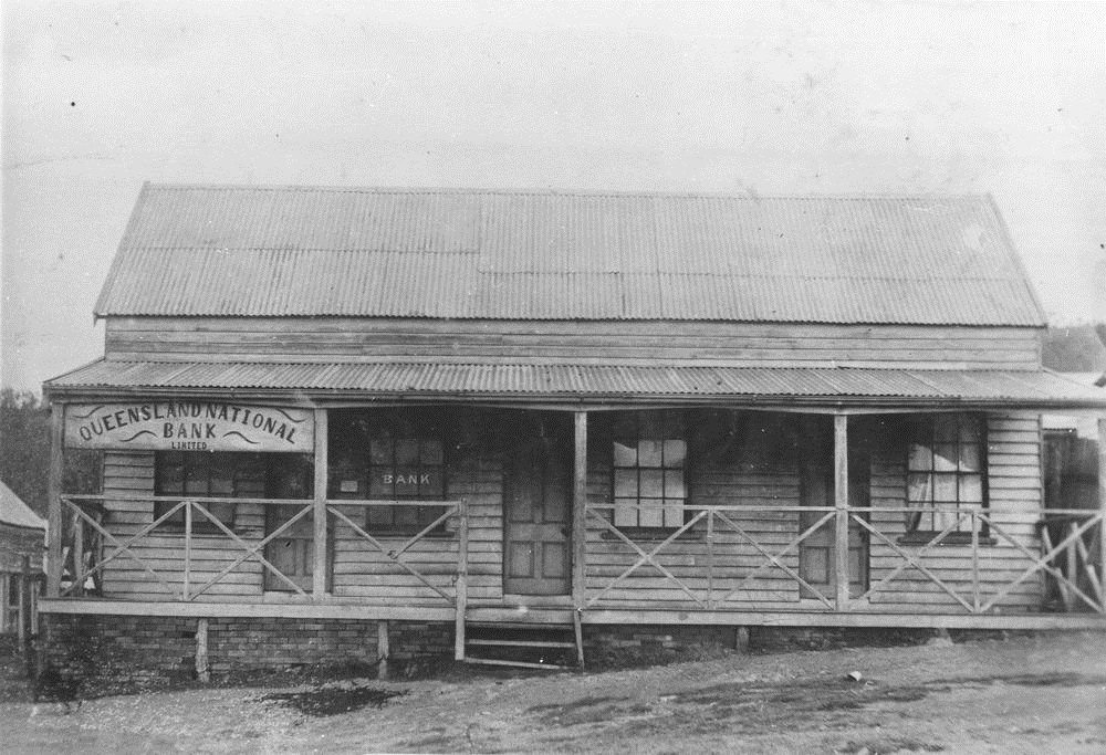 StateLibQld_1_390509_Queensland_National_Bank,_Thornborough,_ca._1888