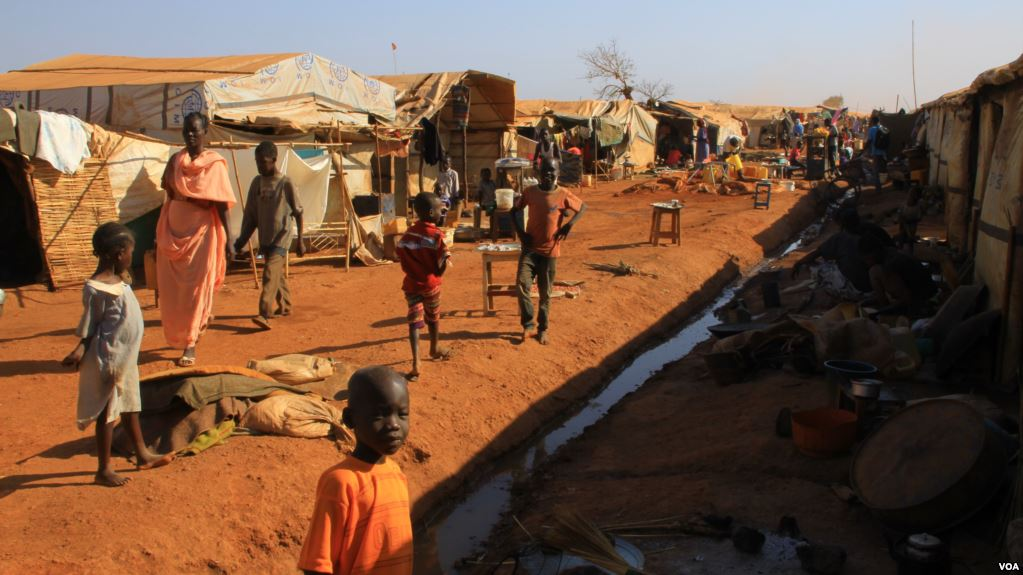 Wau_refugee_camp_3