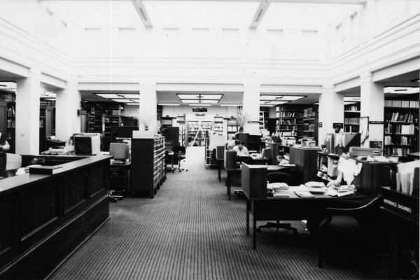 m618-25-06-10-old-library-2